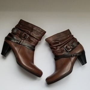 Pikolinos Genuine Leather Strappy Ankle Boots